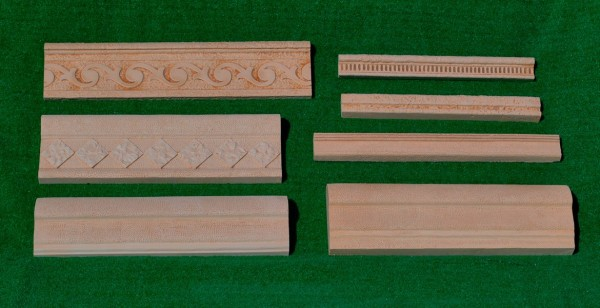 SMALL SIZE MOULDINGS